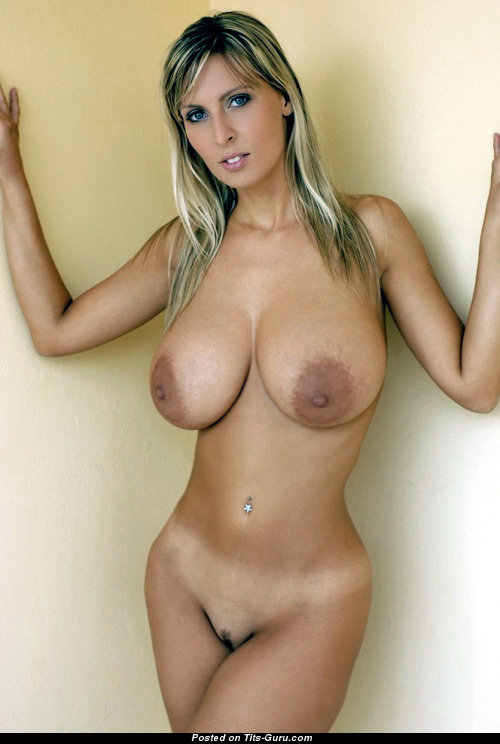 Breast large natural nipples