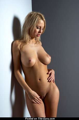 Image. Sabina - nude blonde with big natural tittys and big nipples pic
