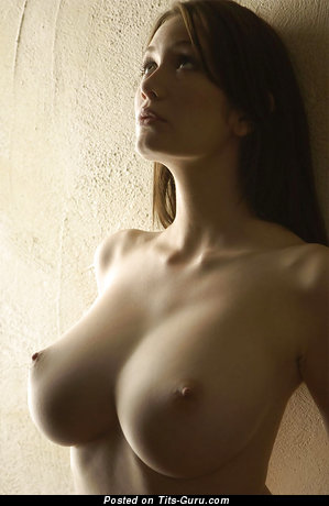Nude awesome lady with big tittes photo