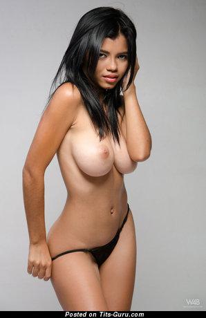 Lea De La Torre - Fine Brunette Babe with Fine Bare Med Boob (Hd Porn Wallpaper)