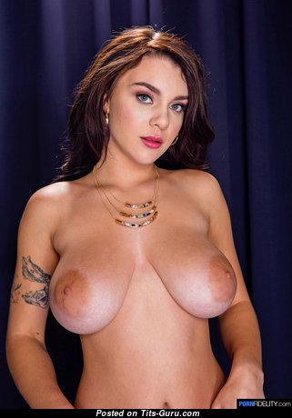 Gabbie Carter - Elegant Nude Pornstar & Babe with Tattoo (Hd Xxx Pic)