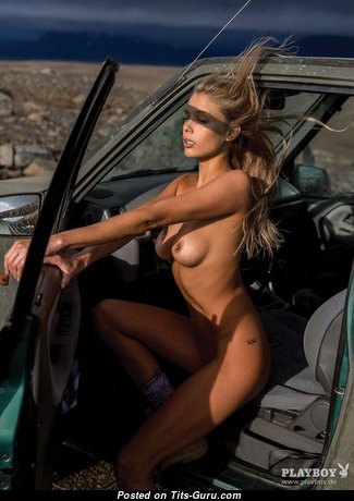 Allie Leggett - Awesome American Playboy Blonde Babe with Awesome Naked Natural D Size Chest (Sex Pix)