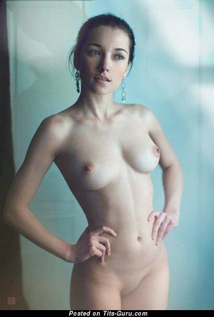 Изображение. Изображение сексуальной обнажённой чувихи