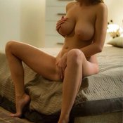 Awesome female with big natural tittes pic