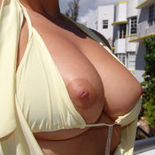 Naked beautiful girl with natural breast & big nipples pic