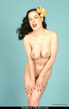 Image. Dita Von Teese - naked hot girl with medium natural boobies photo