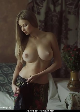 Good-Looking Babe with Good-Looking Bald Real C Size Tits (Sexual Wallpaper)