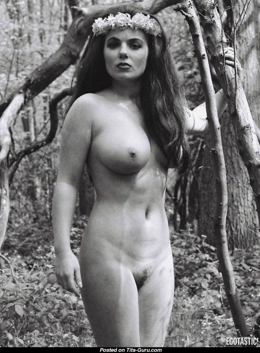 Geri halliwell naked boobs 4