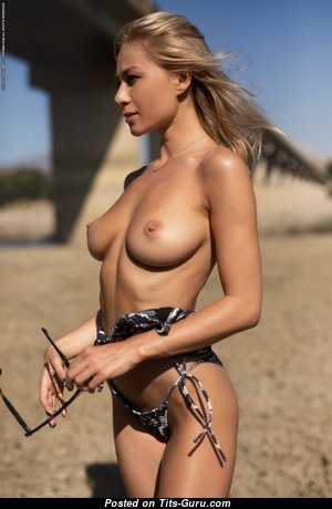 Darya - The Best Undressed Babe (Hd Sex Pic)