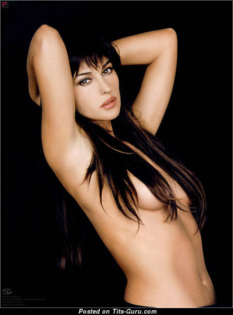 Monica Bellucci - sexy nude brunette with big natural tots image
