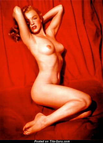 Marilyn Monroe - Gorgeous Topless American Playboy Blonde Singer & Actress with Gorgeous Defenseless Natural Normal Titty & Big Nipples (Vintage Hd Sexual Foto)