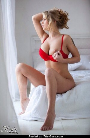 Beautiful Miss with Beautiful Exposed Very Big Boobie (Porn Pic)