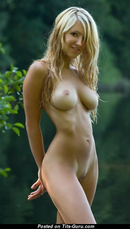 Good-Looking Nude Babe with Long Nipples (Hd Sexual Picture)