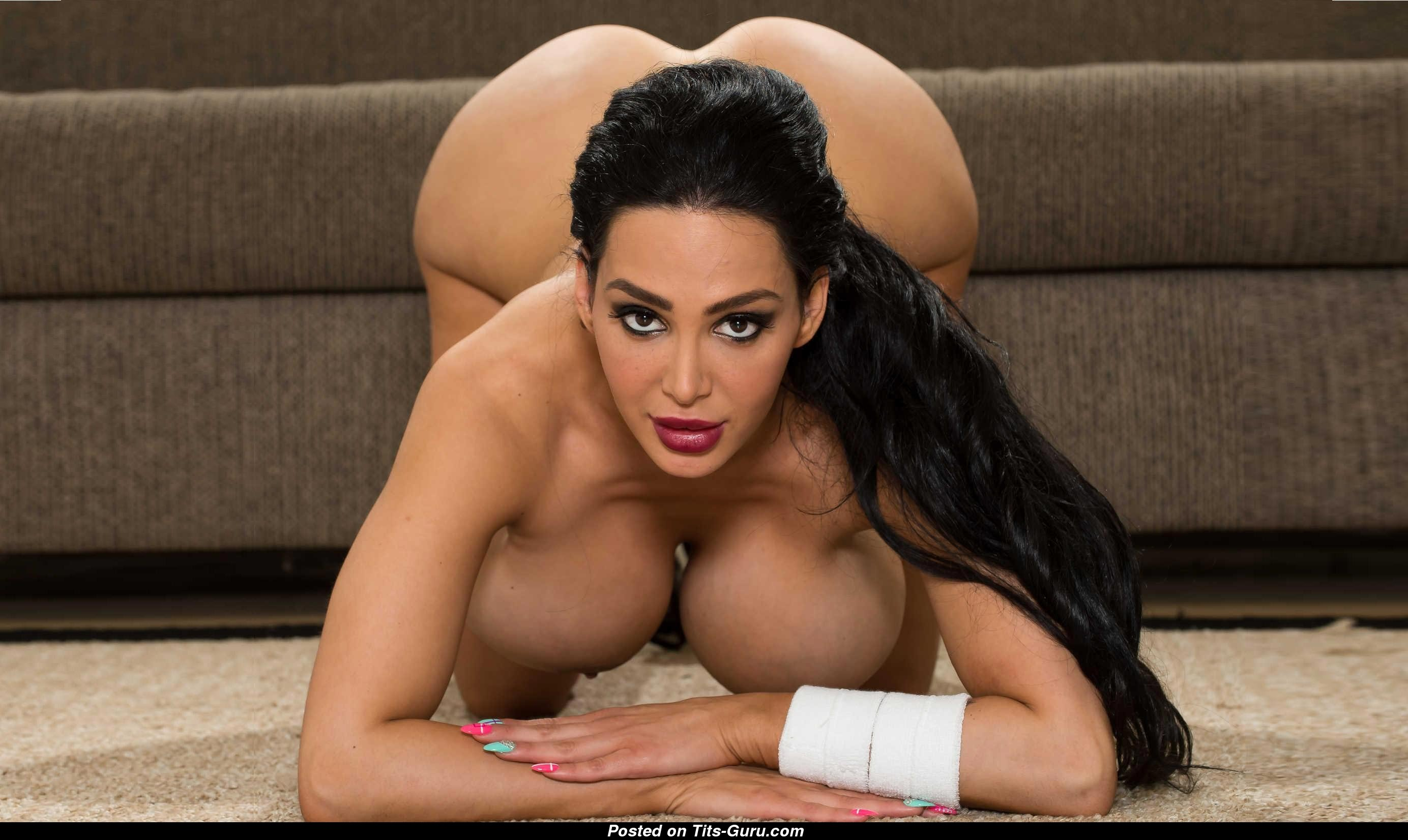 Amy Anderssen - Asian Brunette Pornstar With Naked Round -1290