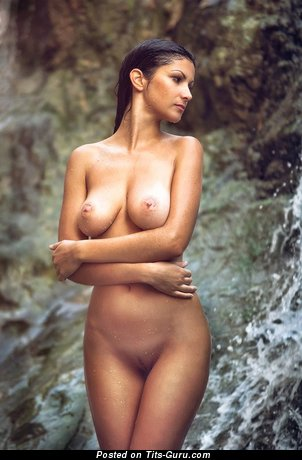 Image. Nude amazing female with medium natural breast picture