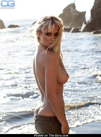 Genevieve Morton - Marvelous South African Blonde Babe with Marvelous Nude Real Regular Busts (Hd Sex Wallpaper)