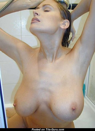 Sexy Babe with Sexy Bald Real Average Tits (18+ Image)