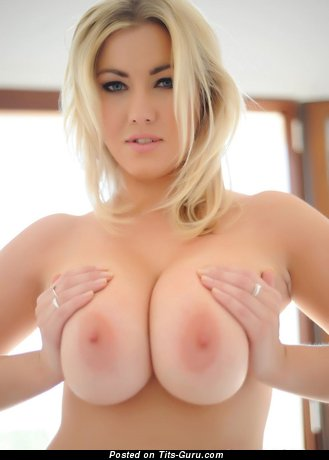 Exquisite Girl with Exquisite Defenseless Ddd Size Busts (Hd Sexual Foto)