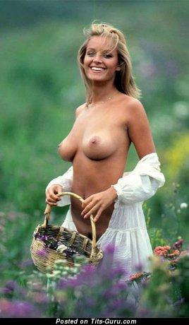 Heidi Sorenson - Sweet Canadian Playboy Lassie with Sweet Exposed Real Normal Boobie (Vintage Xxx Photo)