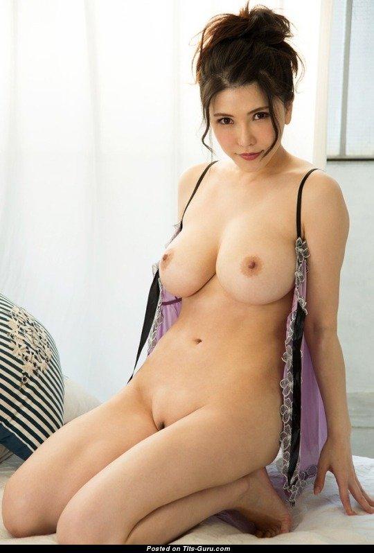 turn on hot nude photo