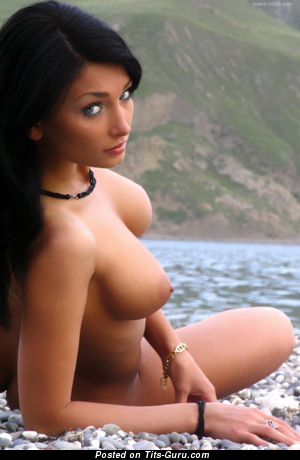 Image. Nude wonderful female with medium tittys image