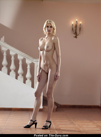 Victoria - nude blonde with medium natural boobies picture