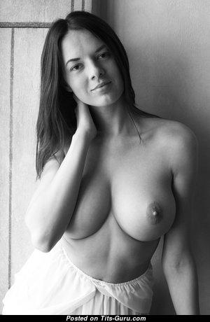 Splendid Babe with Splendid Defenseless Real Medium Sized Titties (Hd Sex Pic)