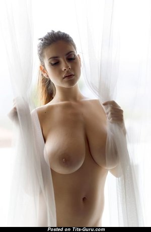 Beautiful Babe with Beautiful Nude Natural H Size Breasts (18+ Photoshoot)