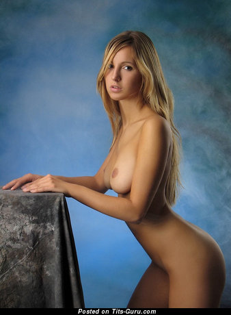 Image. Nude wonderful woman with medium natural tittys picture