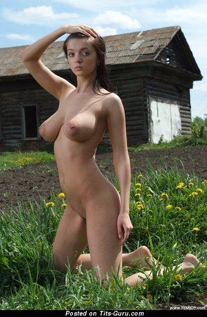 голые сиськи русских девушек фото