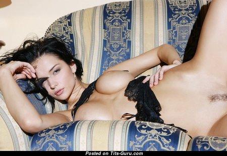 Amazing Babe with Amazing Open Medium Tots (Hd Xxx Wallpaper)