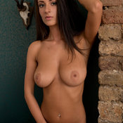 Alice Sey - hot woman with big natural tittys picture