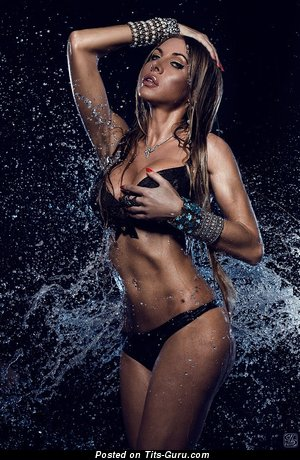 Изображение. Фотка красивой обнажённой девушки