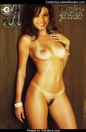 Paula Fernandes - Perfect Brunette with Perfect Exposed Natural Boobs & Tan Lines (Sex Pic)