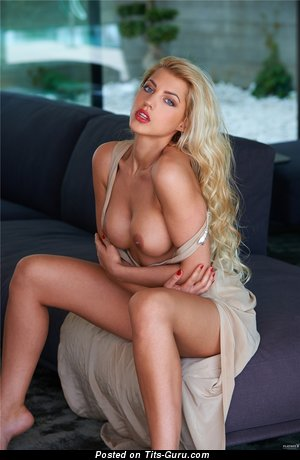 Image. Sarah Nowak - nude blonde with medium tits image