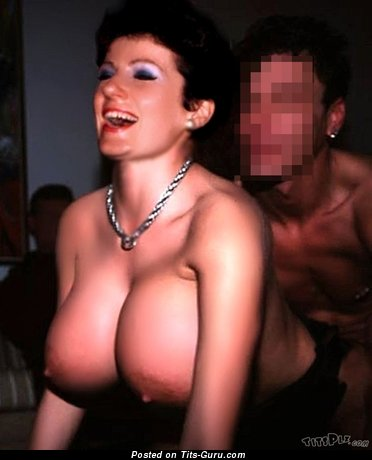 Magnificent Topless Brunette with Adorable Bald Big Sized Boobie (Private Xxx Pix)