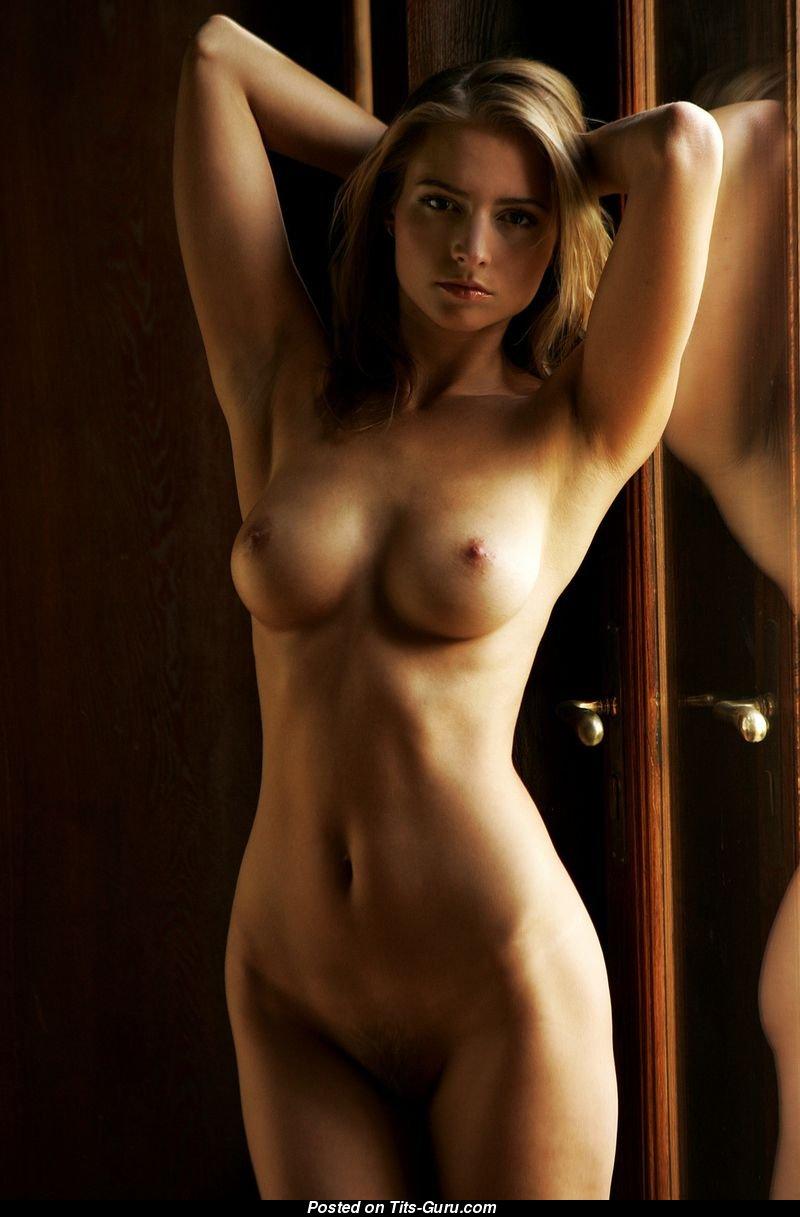 фото на телефон обнаженных девушек-юв2