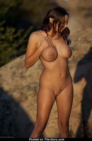 Sisicole - naked brunette with big tots image