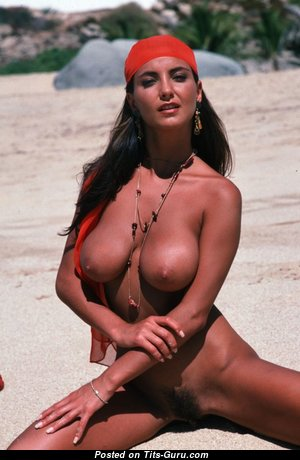 Alexandria - Good-Looking Topless Female with Good-Looking Defenseless Real Average Boob (Hd Xxx Foto)
