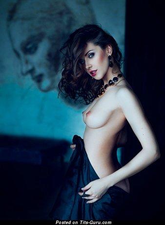 Olga Alberti - nude brunette with medium natural boobies picture