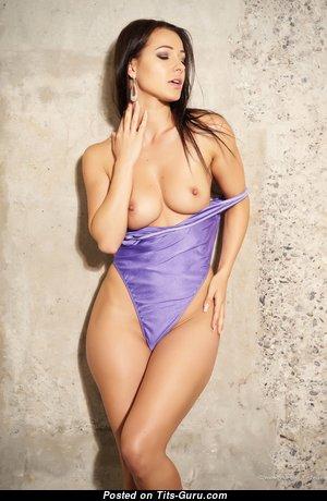 Splendid Babe with Splendid Defenseless Natural Medium Tit (4k Porn Picture)