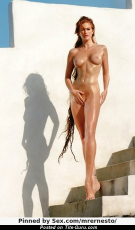 Image. Nude amazing woman with medium tittys pic