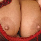 Awesome lady with big natural tittes and big nipples pic