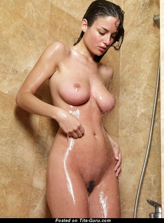Image. Wet naked nice lady with big natural tittes pic
