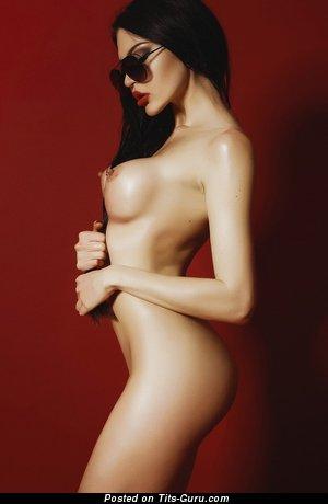 Phebe Bast - sexy topless beautiful lady image