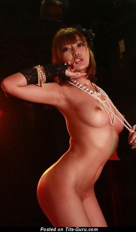 Изображение. Kirara Asuka - картинка красивой голой азиатки с среднего размера натуральными сисечками