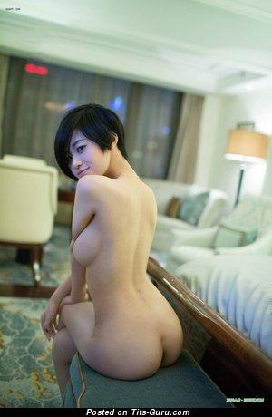 Изображение. Lina - фото шикарной голой азиатки с большими натуральными сисечками