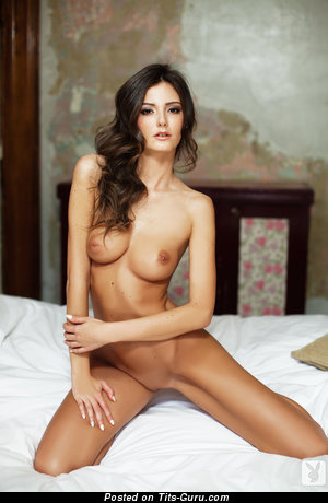 Gorgeous Honey with Gorgeous Nude Natural Normal Boobs (Hd Sex Picture)