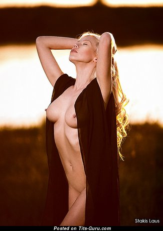 Image. Nude awesome lady with medium tittes photo