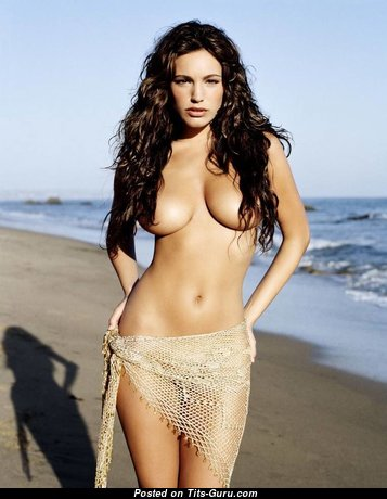 Kelly Brook - Fascinating Topless British Brunette with Fascinating Naked Natural Dd Size Tits on the Beach (Porn Pic)